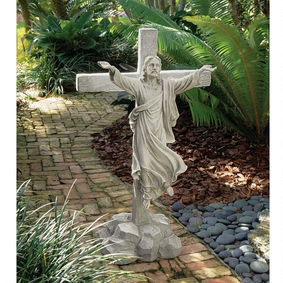 Garden Statue of Jesus\' Ascension: Grande Scale Christ Sculpture