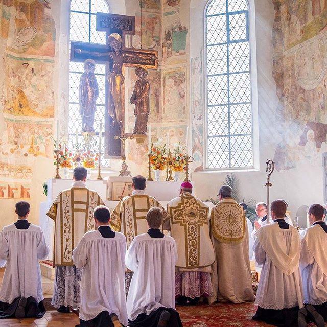 Symbolism of Incense at Mass