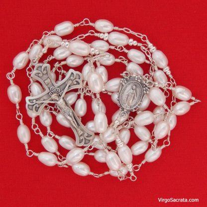 Natural pearl rosary